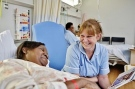 nurse_talking_to_patient-400x266-2